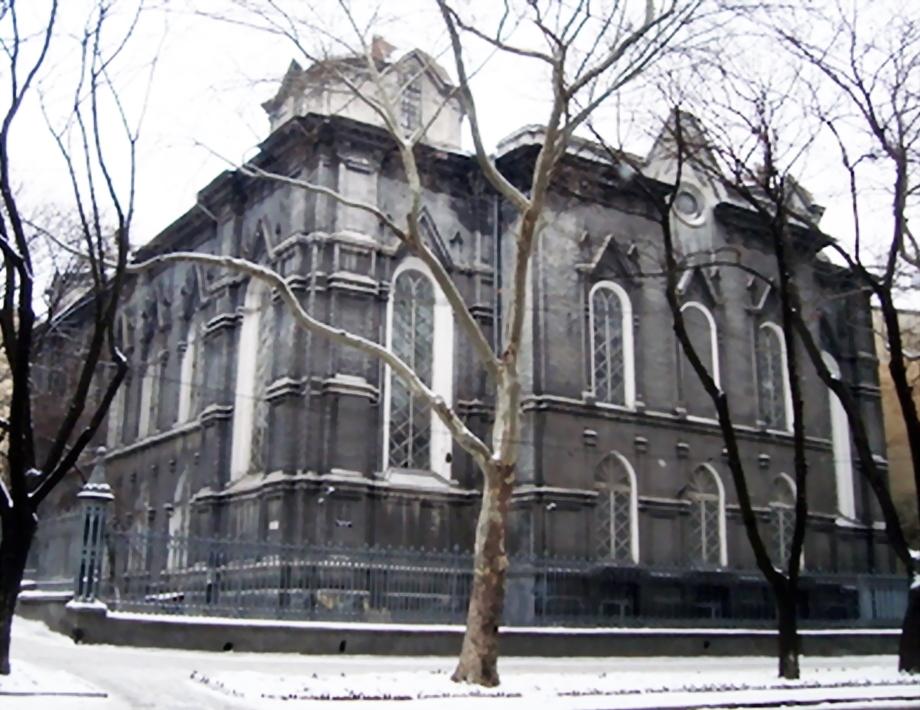 derjarhiv_1st_building